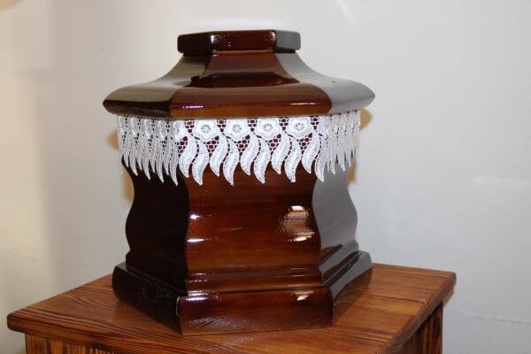 01-urna-temetkezes-balassagyarmat